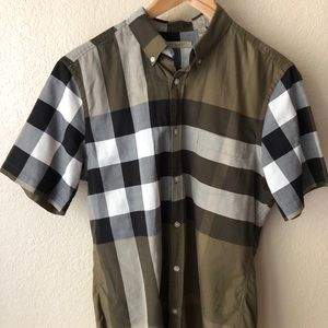Burberry Brit. Short sleeve shirt. Size M